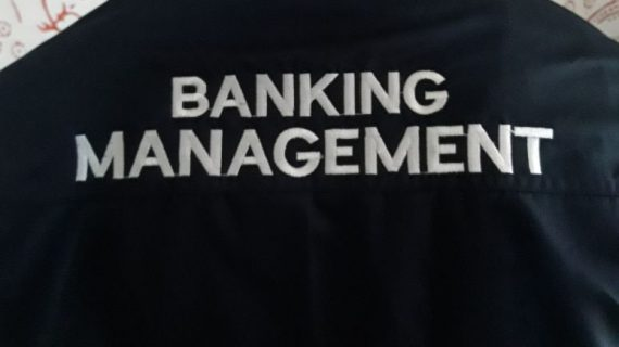 Seragam Kantor Banking Management