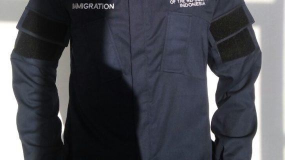 Seragam kantor imigrasi yang simpel dan stylish