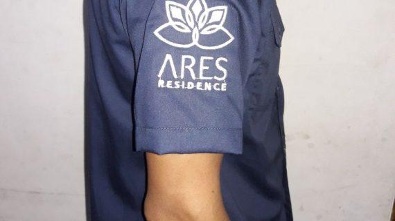 Seragam Kantor Ares Residence, Seragam kantor pendek yang nyaman dan tetap sopan